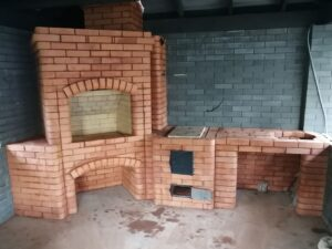 Печной комплекс с мангалом, варочным настилом и нишей под раковину – печник Кублицкий Владимир